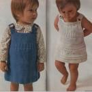 Deux robes bébé tricotées