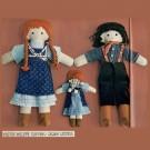 Une famille de poupées de chiffon