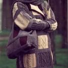 Veste carrée et sac assorti au tricot